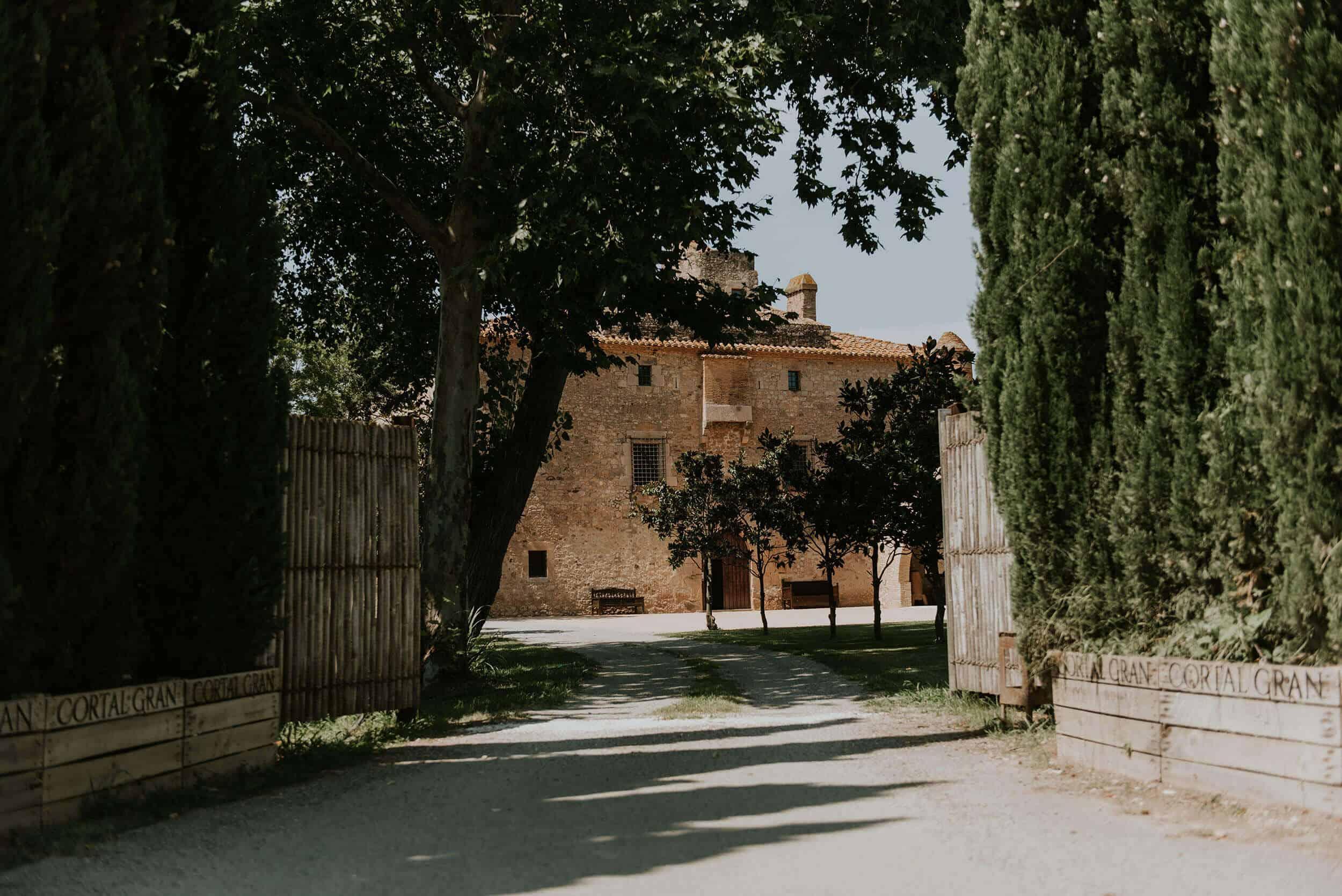Casaments Castle Cortal bones