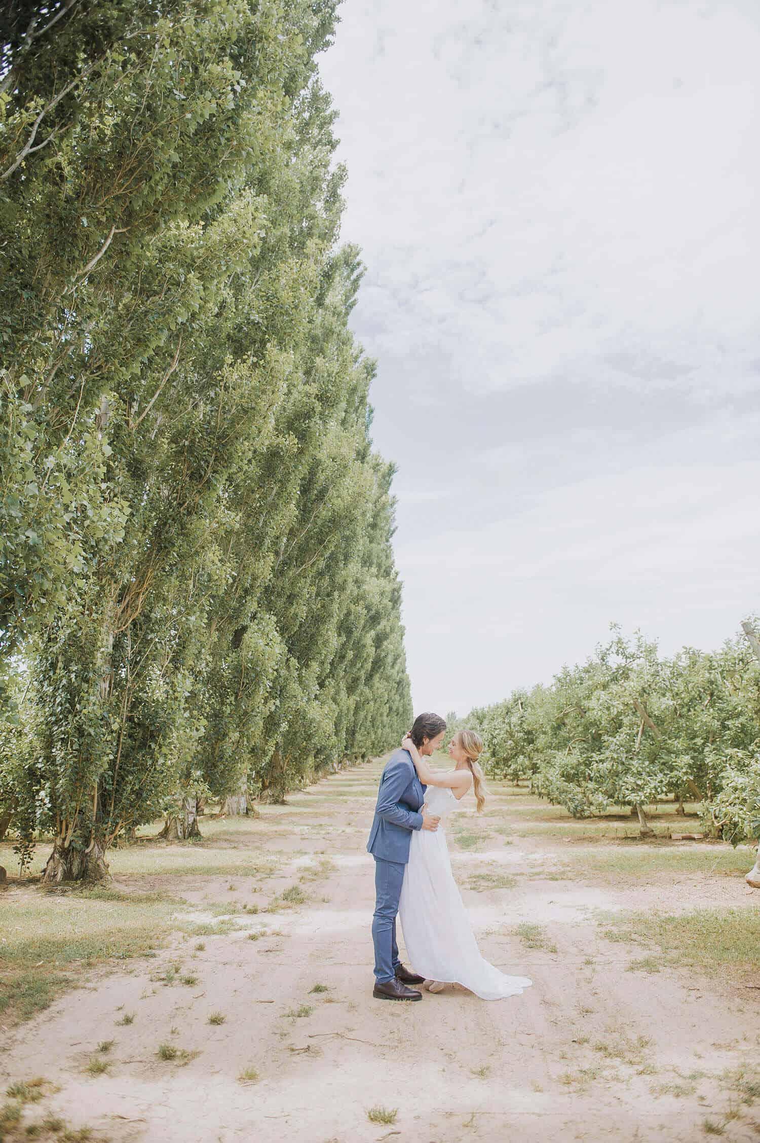 pareja bosque bodas castillo cortal gran